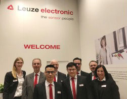 Leuze electronic presents itself as Safety and Industry 4.0 expert in Hanover